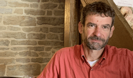 En 2019, Vincent Rapet illumine la colline de Corton